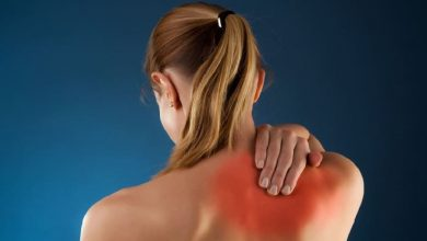 Pinched Nerve in Shoulder Blade- Causes, Symptoms and Treatment