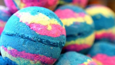 How to Make Your Own DIY Bath Bomb